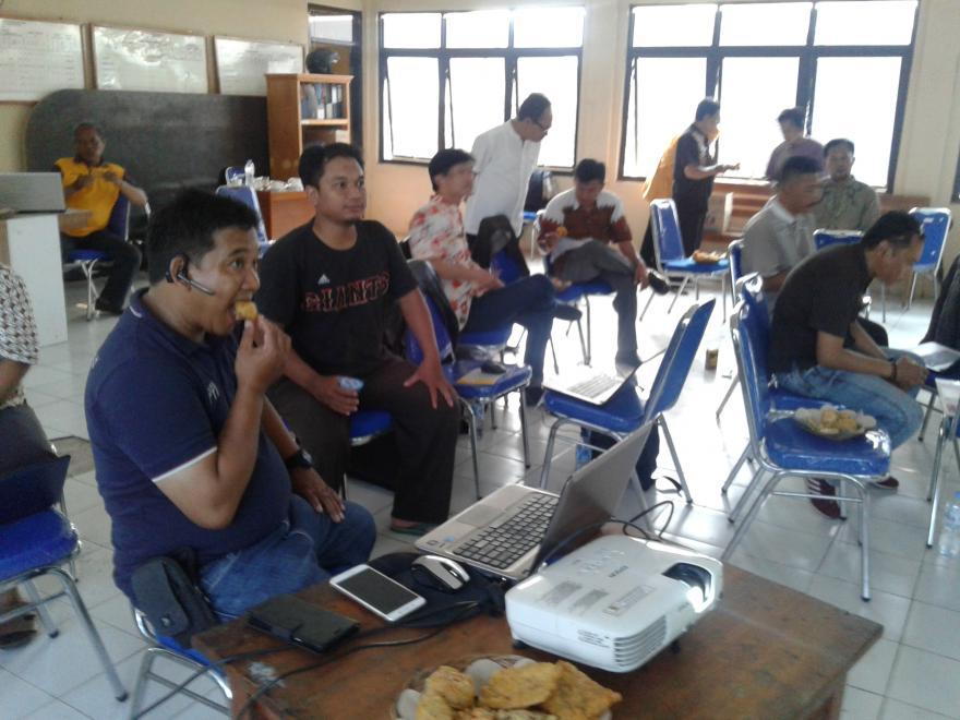 Pelatihan Web site